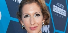 Hawaii Five-O : Alysia Reiner guest star de la saison 5